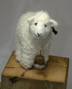 Needlefelt Ornament-White Sheep