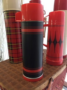 Vintage Black & Red Pint Aladdin Thermos